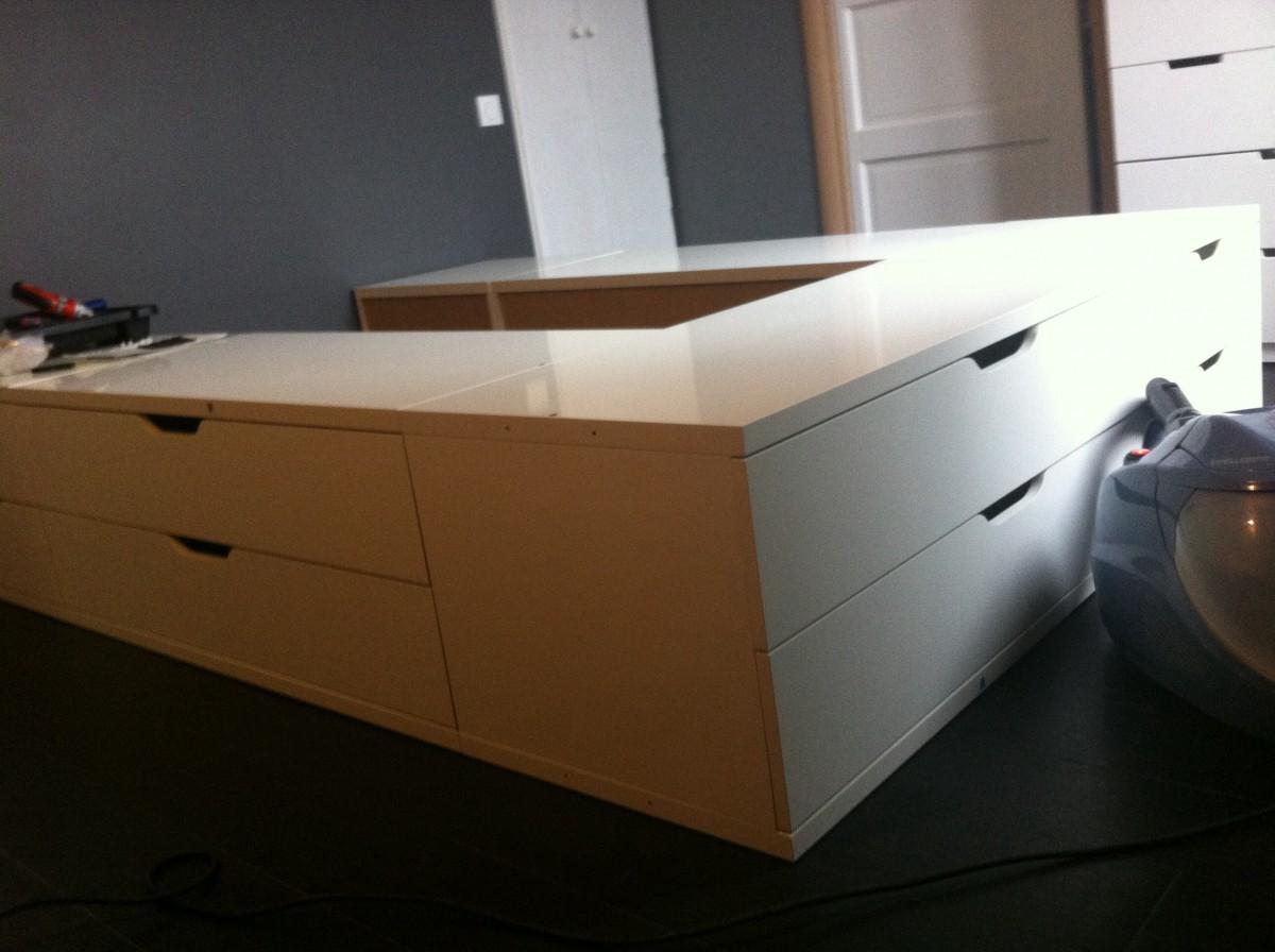 Un Lit Avec Des Rangements STOLMEN Bidouilles IKEA