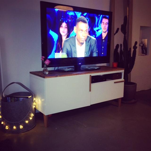 meuble tv avec besta ikea