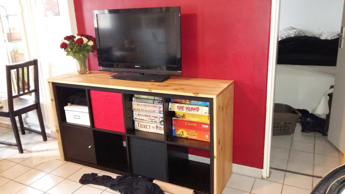 un meuble tele avec kallax