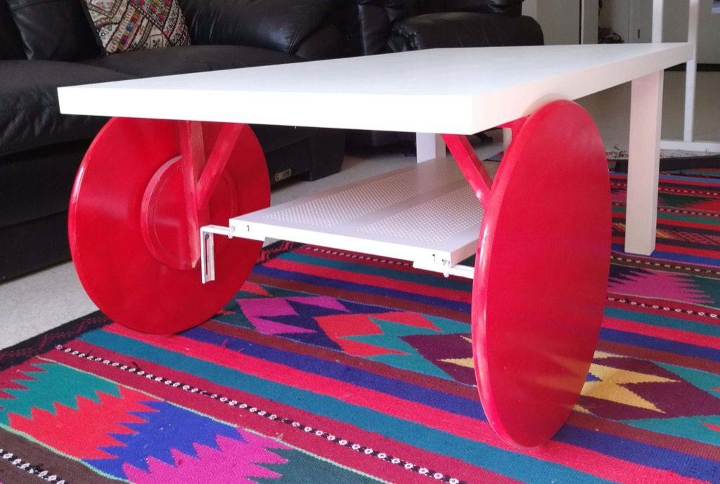 fabriquer une table basse a roulettes