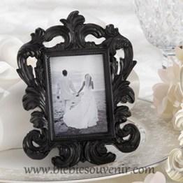 souvenir pernikahan black baroque frame