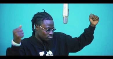 Fancy Gadam ft Kofi Kinaata Fara Music Video directed by Joe Gameli n produced by Dr Fiza.