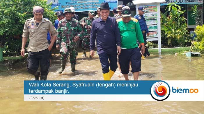 Wali Kota Serang Turun Langsung Tangani Banjir di Kecamatan Kasemen