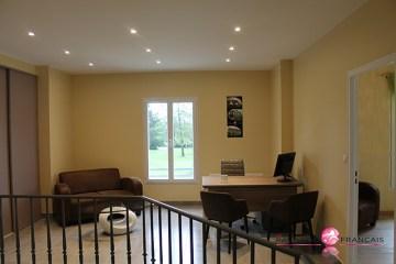 La mezzanine ) m'étage,  un espace important à aménager selon vos goûts et à réaménager au fil du temps