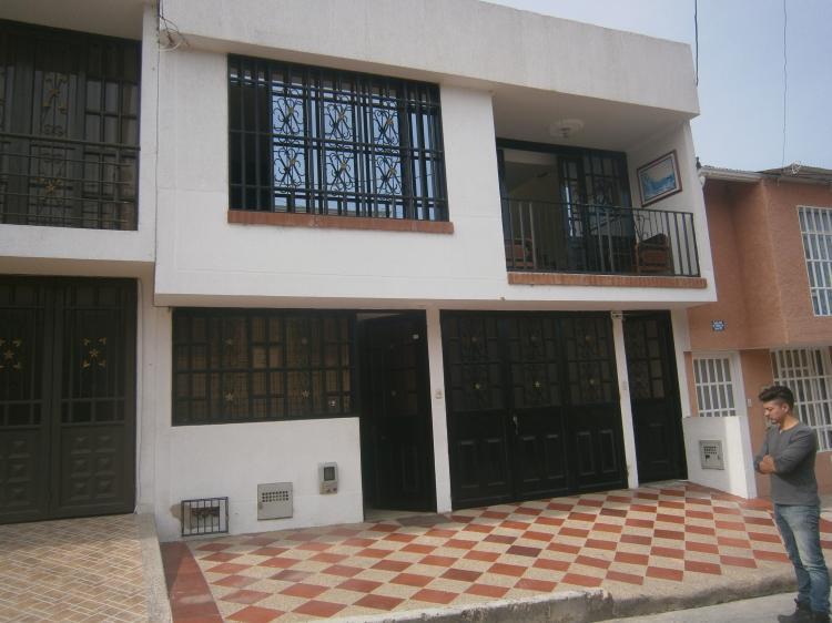 Fusagasuga Excelente casa de dos pisos independientes y
