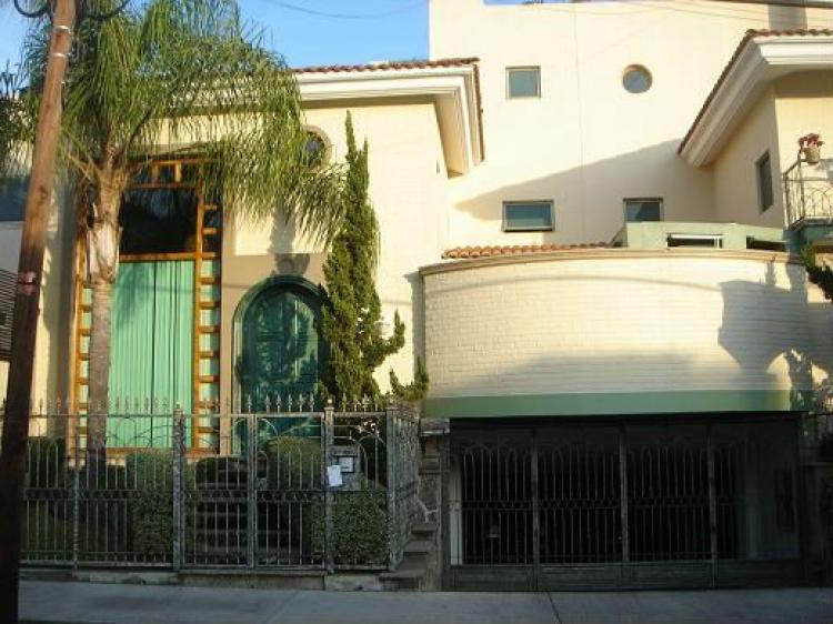 Venta casa Providencia moderna de 3 Hab 35 Baos 4 Autos CAV51514