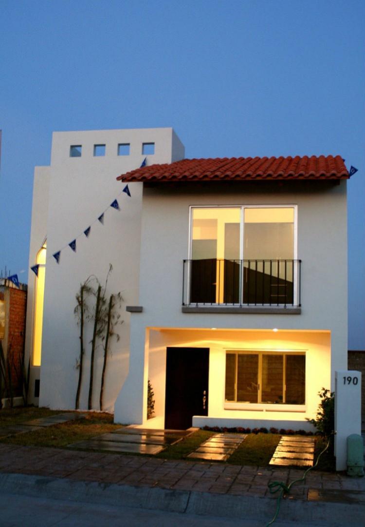 EXCELENTE Casa en PIAMONTE Irapuato CAV61701