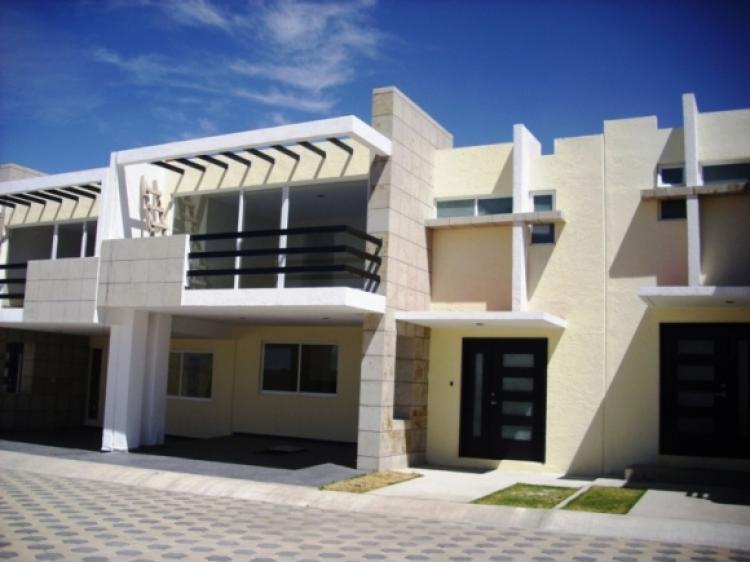 Venta Casas  Residencias en Toluca Residencial San Agustin CAV36257