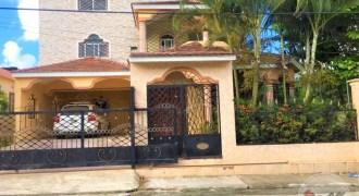 Casa 2 Niveles en Venta La Otra Banda