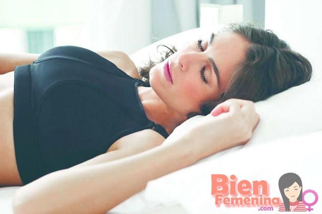 dormir con un sujetador