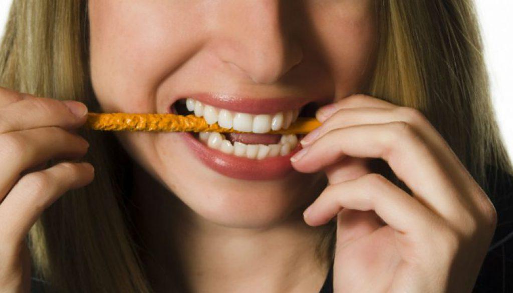Cosas que no sabías que dañan tus dientes