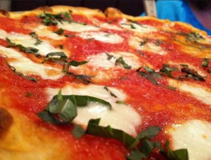 """Pizza """"Margarita"""" un clásico de la gastronomía napolitana"""