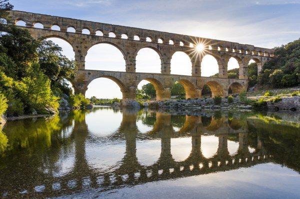 Le Pont Du Gard - Bienvenue En Provence