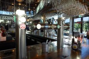 Beer & Barrels Harbour bar