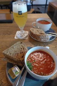Verse tomatensoep bij La Trappe proeflokaal