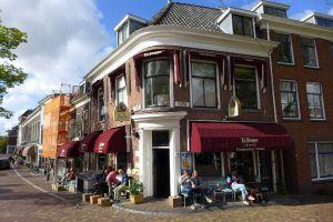 Cafe Het Klooster Delft buiten