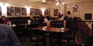 De bovenverdiepeing van Grand Café Hooghoudt Groningen