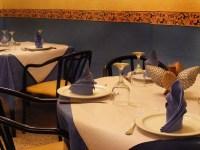mesa restaurante toñi