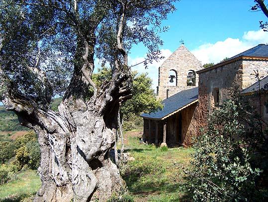 Iglesia de Santiago en Labaniego