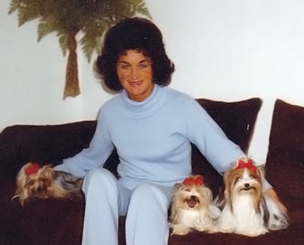Gertrud Biewer and her Biewer Yorkshire Terriers a la Pom Pon