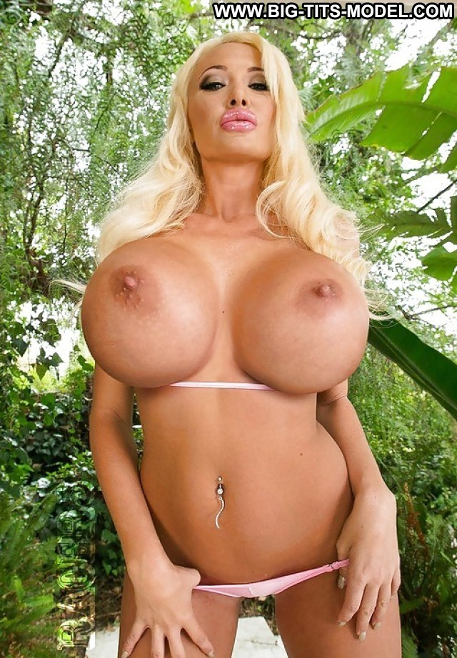 Brittaney Private Pics Big Boobs Big Tits