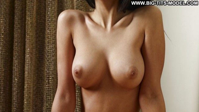 Xiomara Private Pics Big Boobs Big Tits Very Horny Sexy Doll Babe