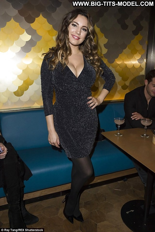 Kelly Brook Private Pictures Big Boobs Celebrity Black Tits Boobs Big