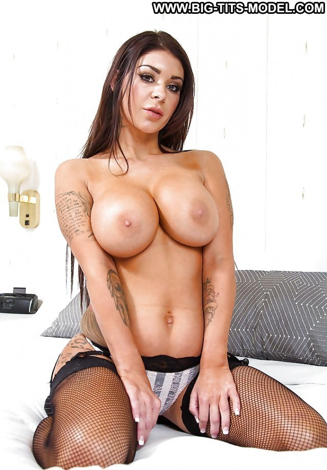 Kiersten Private Pictures Busty Boobs Amateur Big Boobs Big Tits