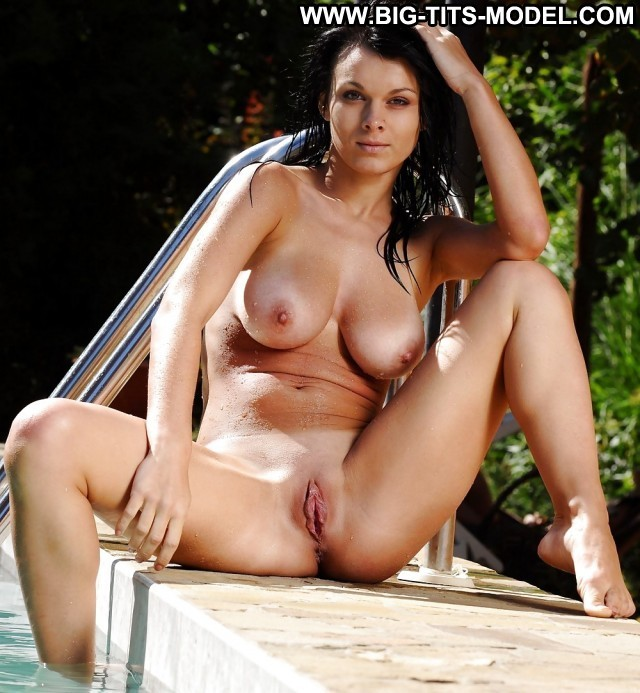 Genevieve Private Pictures Big Boobs Boobs Amateur Brunette Hot Big