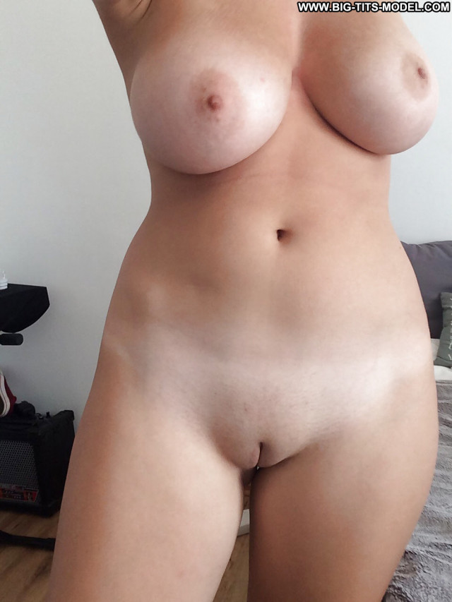 Angelina Stolen Private Pics Cute Indian Big Tits Mom Shaved Indian