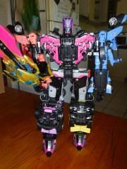 Toy Review - Unite Warriors Megatronia