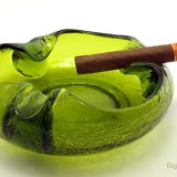 Cigar ashtray bowl made in the 1950's-1960's by Viking Art Glass, shown in old catalogs as ashtray #27.