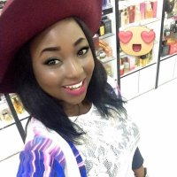 Man Took A Lady On A Date Without Having Much Money,See What The Lady Did