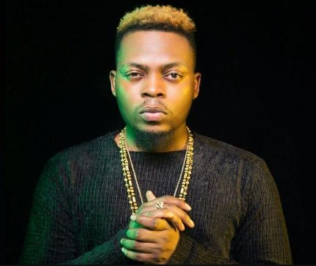 Olamide Gets A Tattoo On His Face