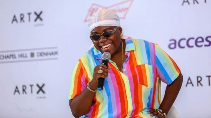 Teni Attacked By Nigerians For Calling A White Man Names In Yoruba