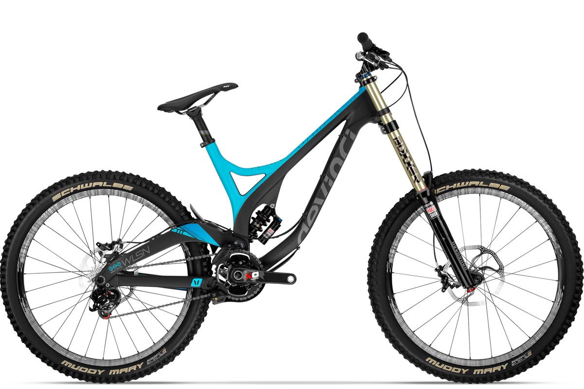 Test VTT Devinci Wilson Carbon SL 2014 : vélo Racing DH