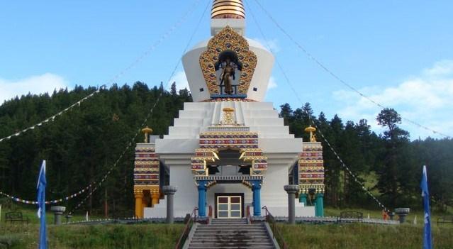 Spiritual Retreats In USA - Shambhala Mountain Center