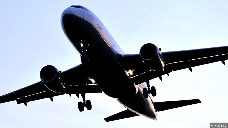Airplane_1503352288649.jpg