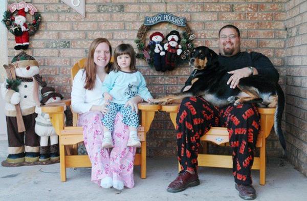 09-family-wendy-pregnant-for-lauren