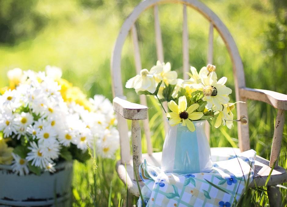 home garden flowers chair