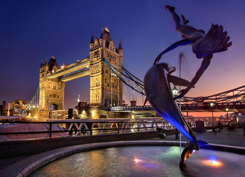 english tourists