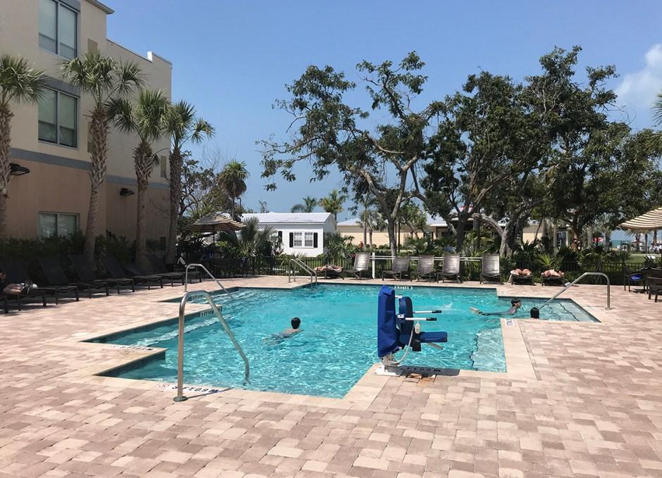 Faro Blanco Resort pool