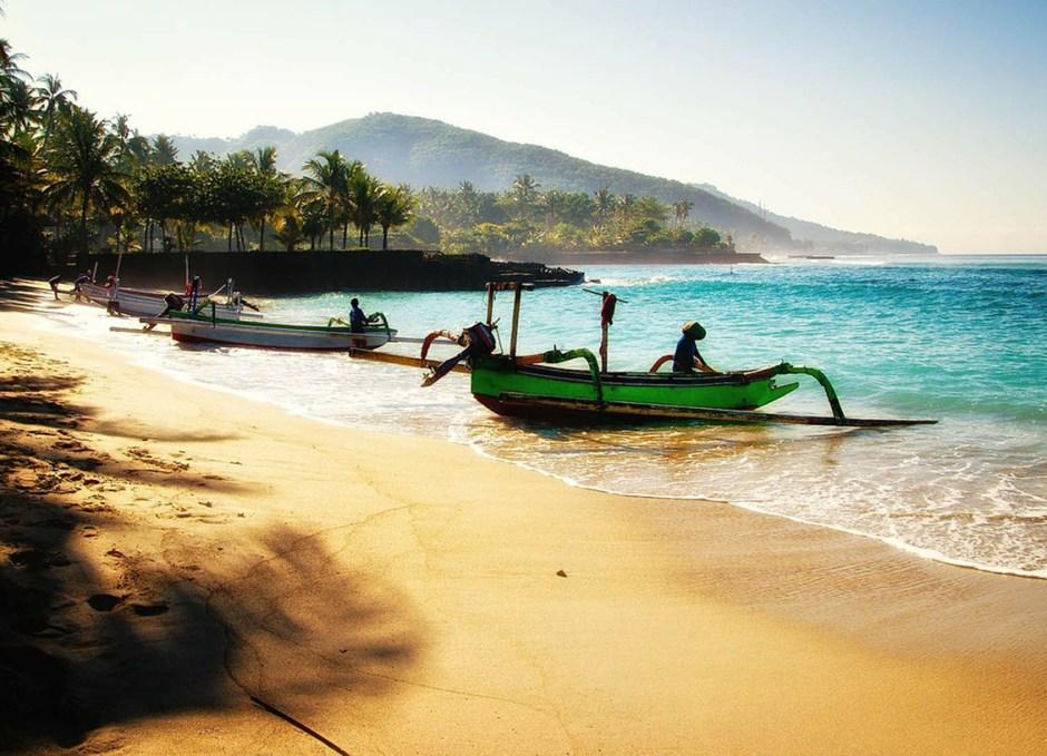 bali boats on beach