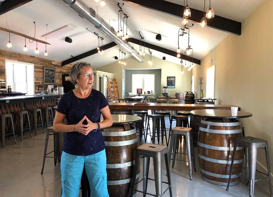 paradocx vineyard tour guide