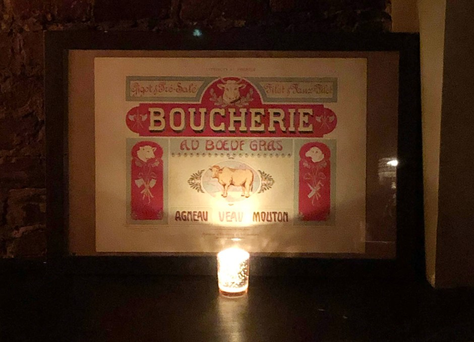 royal boucherie sign inside