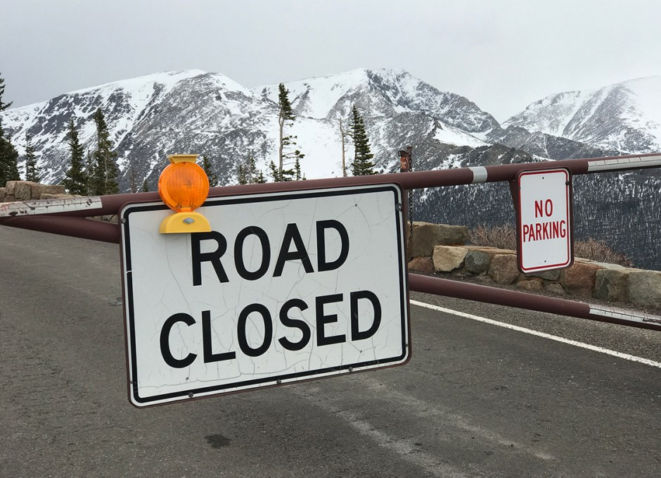 rocky mountain national park road closed
