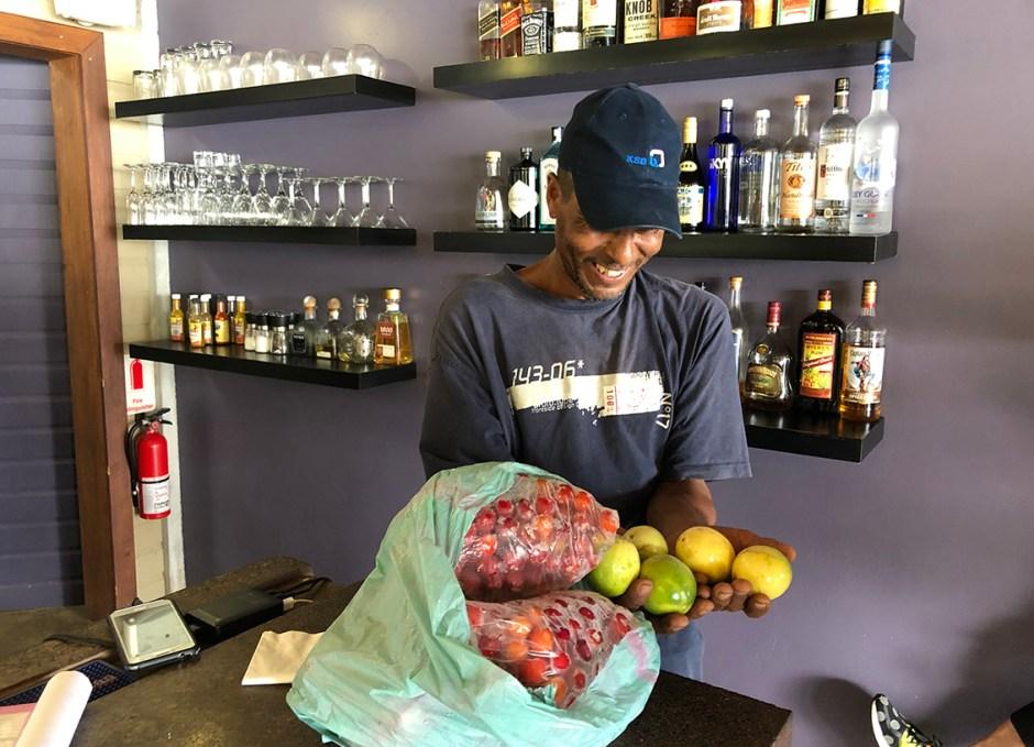 pagua bay bar and grill fresh fruits