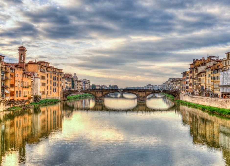 italy arno river florence