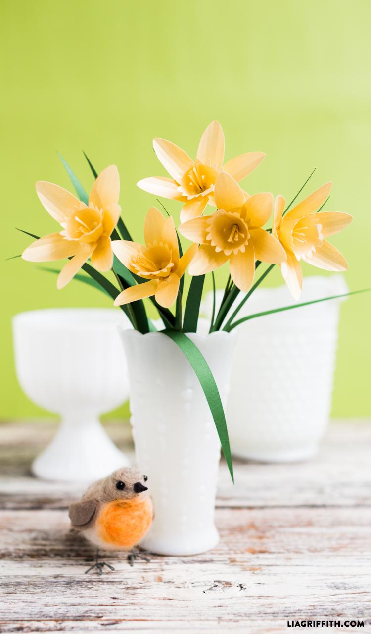 Paper Flower Daffodil  BigDIYIdeascom