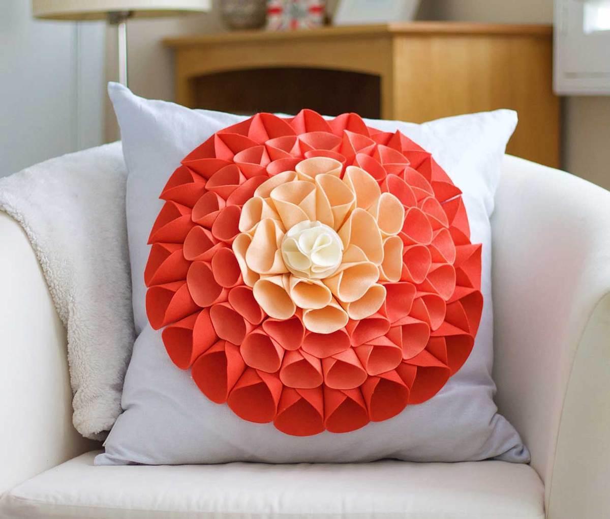 No Sew Pillow Embellishment  BigDIYIdeascom
